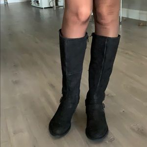 Steve Madden genuine distressed leather boots